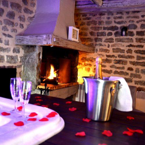 champagne avec jacuzzi de la suite Bacchus
